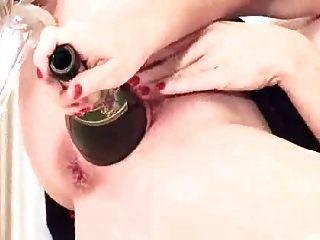 Caliente Mastubate Con Botella
