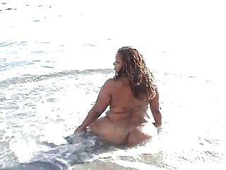 Bbw En La Playa