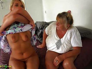 Oldnanny Vieja Lesbiana Abuela Masturbándose Coño Con Adolescente