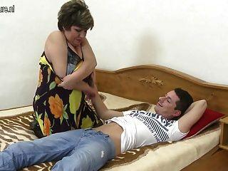 Video Casero Con Una Madre Madura Y No Su Hijo