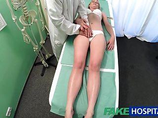 Fakehospital Chica Delgada Quiere Sexo Con El Médico