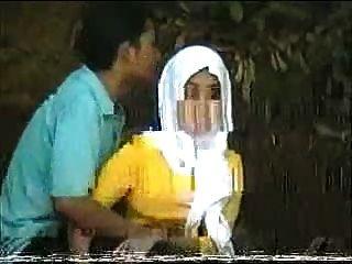 Malayo Skodeng Awek Tudung Hijab Putih Romen
