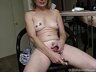Super Sexy Lady Es Tan Caliente Que Tiene Que Masturbarse