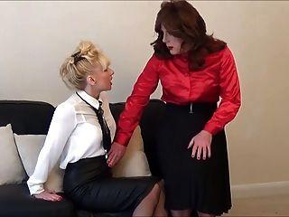 Secretaria De Puta Angelica Follada Por Madame C