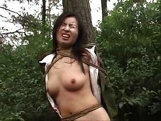 Chino, Ejército, Niña, Atado, árbol, 2