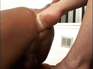 Diosa Heather Doble Pie Fisting