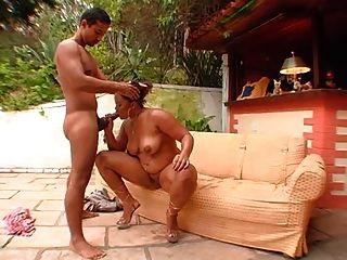 Nany Grande Resbaladizo Brasileño Culos 1