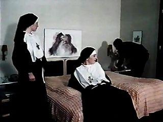 Habitaciones Limpias Para Monjas Sucias