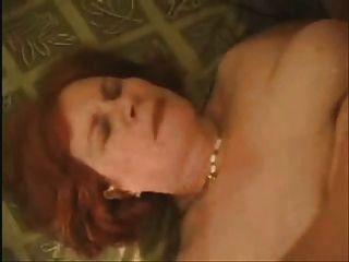 Mujer Grande Tener Escena De Sexo 2 Desgaste Tweed