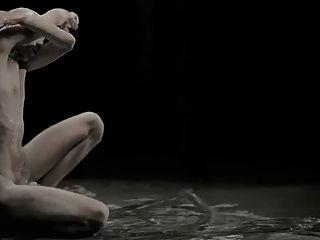 Rendimiento De La Danza Erótica 4 Proximidad Y Distancia De Los Sexos