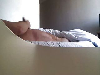 Cogido Masturba Por La Criada Del Hotel