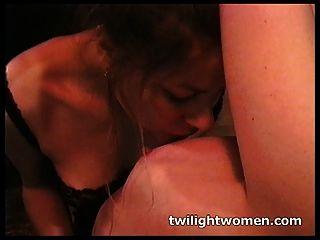 Twilightwomen Lesbian Bondage Orgasm