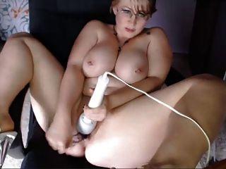 Webcams 2014 Bbw Busty Nerdy Milf Con Hitachi