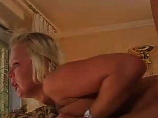 Alemán Milf Ultra Duro Anal Follada Por El Maestro De Hija