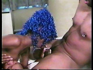 Eddie \u0026 Zoe Y Su Monstruo De Pelo Azul