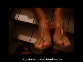 Footjob Público Del Kurumipantyhose Con Mis Zapatos Encendido!