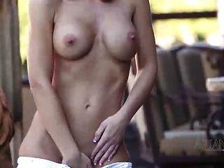 Jessica Masturbation