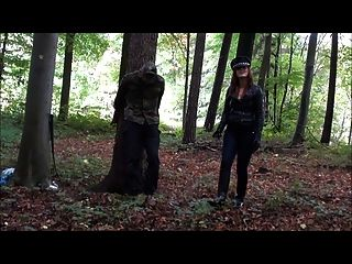 Femdom Mistress German Cruel Castigo Al Aire Libre