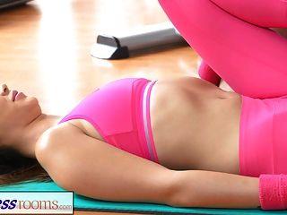 Salas De Fitness Después De Clase De Gimnasia Sesiones De Sudoración Del Sexo