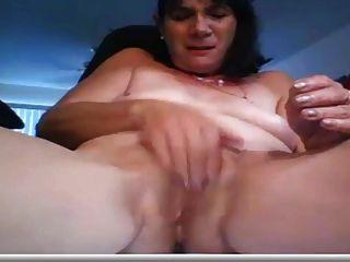 Señora Madura Se Masturba