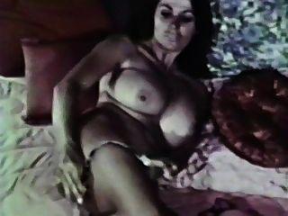 Todo Lotta Amor Vintage Tetas Grandes Música Video 70s Peludo