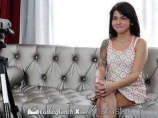 Castingcouch X Sadie Pop Folla Al Agente En Su Primer Porno