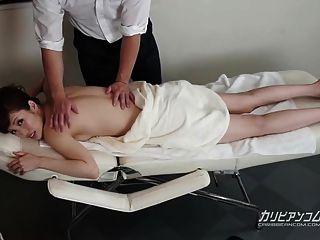Milf Recibe Un Masaje De Cuerpo Completo