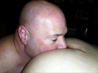 ¡mi Esposa Me Estaba Filmando Lamiendo Nuestras Amigas Sexy!