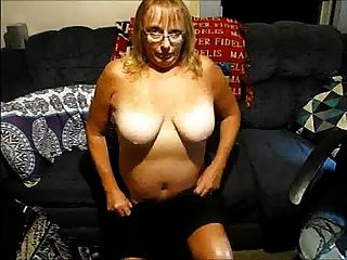 Esposa Madura Desnuda Para Que Todos La Vean