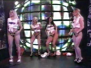 Grupo De Striptease Erótico En La Televisión Española.