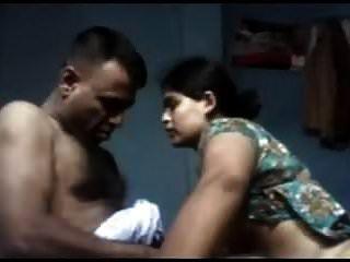 Desi Tamil Esposa Follando Con Su Esposo