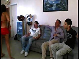 Francesa Ama De Casa Maeva Gangbanged