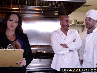 Brazzers Grandes Tetas En El Trabajo Ava Addams Xander Corvus El