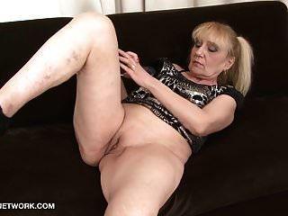 Abuelita Porno Anciana Toma Corrida Facial Se La Follan