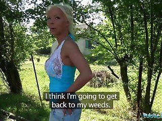 Agente Público Caliente Rubia Esposa Barbie Pecados Folla A Un Extraño