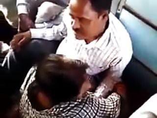Dedo Indio Follar En Tren