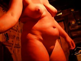 Una Esposa Se Muestra En La Sauna
