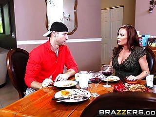 Brazzers Mamá Tiene Tetas De Diamante Fo Y Sean Sin Ley M