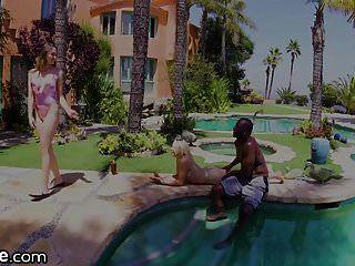 2 Chicas Adolescentes Folladas Por Bbcs En Vacaciones