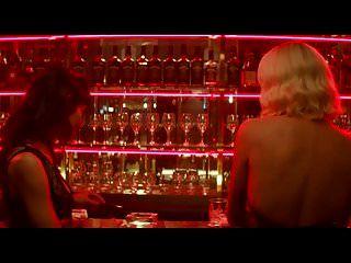 Charlize Theron Atómica Rubia Escena De Sexo
