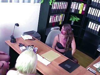 Milf Alemana En 3some Real Casting Femenino Con Pareja Joven