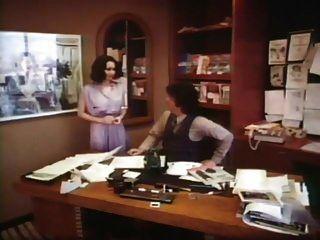 Rubia En Seda Negra (1979)