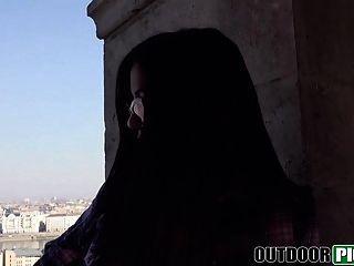 Sexy Estudiante Española Chupando Y Follando Por Dinero En Pov