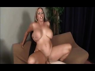 Mi Mamá La Estrella Del Porno (conor Coxxx)