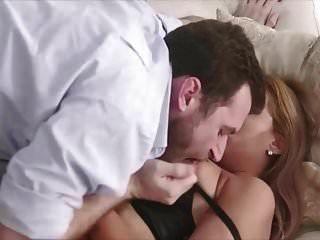 Hotwife Latina Folla Delante De Marido