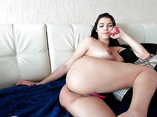 Hermosa Chica Rusa Desnuda Parte 2