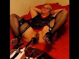 Dulce Sexxy Dee Y Su Máquina Sexual!