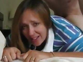 La Primera Vez De Mamá Llorando Anal