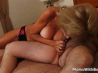 Madura Rubia Cam Ray Hacer Porno Con Novio Joven