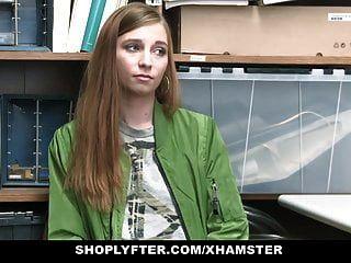 Shoplyfter Linda Adolescente Atrapada Robando Golpes Lp Oficial